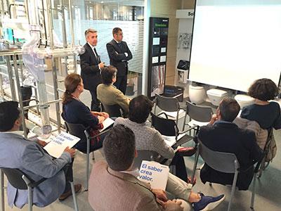 Geberit presenta en Madrid sus innovaciones 2016 para el sector del baño