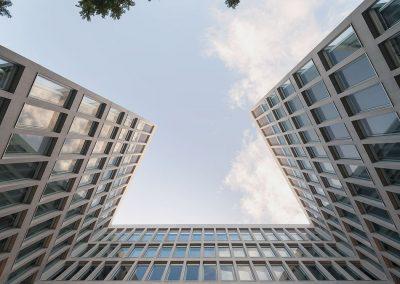 La volumetría dota de singularidad al edificio sin que pierda eficacia funcional