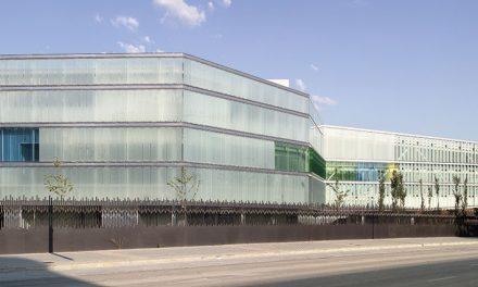 Edificio de oficinas para el INSS en Granada