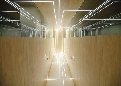 Arterias de luz en paredes, suelo y techo