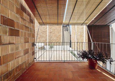 Volumen nuevo en termoarcilla y persianas enrollables de madera