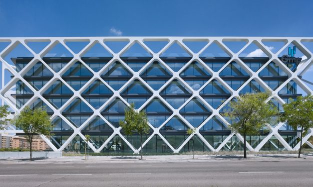 Edificio OXXEO, Rafael De La-Hoz