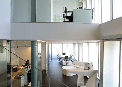 El interior se encuentra abierto visualmente sobre todas las estancias