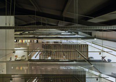 La altitud del edificio se ha aprovechado para crear dobles alturas