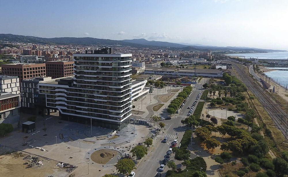 Edificio residencial mixto que busca ser referente y eficiente