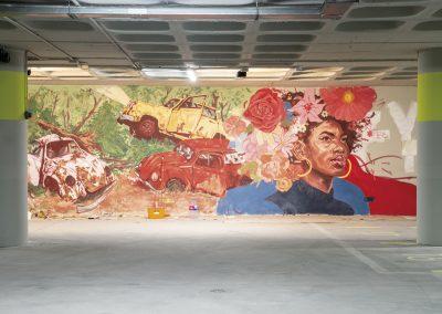 Grafitti de artista urbano en el garaje