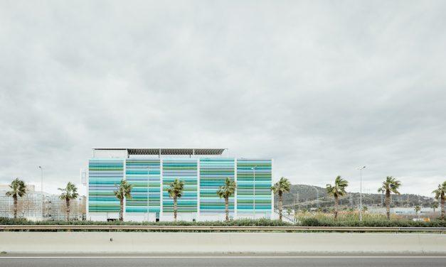 El edificio Gonsi Sócrates de Pich Architects apuesta por TITANPRO P-80N