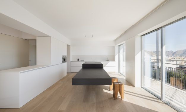 Balzar Arquitectos rehabilita una vivienda en Orihuela (Alicante)