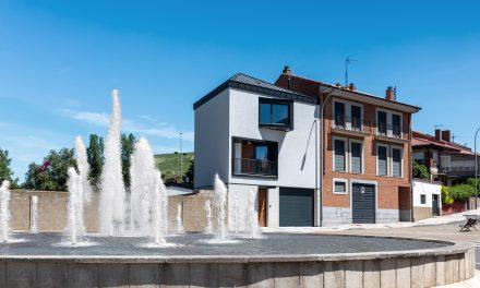 Estudio Bher realiza una vivienda unifamiliar en León