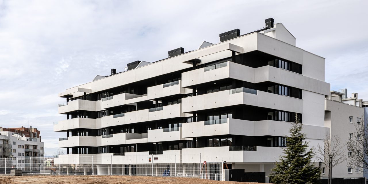 Javier Prieto realiza la promoción residencial Edificio Vinca en Teruel