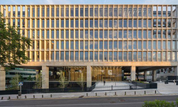 Se inaugura Polaris North Building, edificio de oficinas en Madrid para la era post-covid, por b720 Fermín Vázquez Arquitectos.