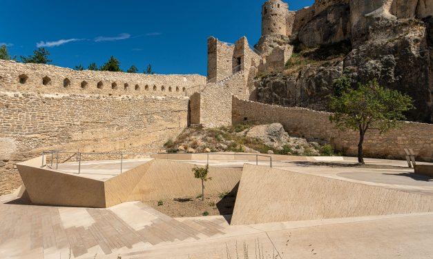 Consolidación y restauración del Castillo de Morella en Castellón por Carquero Arquitectura