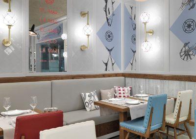 In Out ha diseñado la iluminación y el mobiliario así como la gráfica aplicada en las paredes