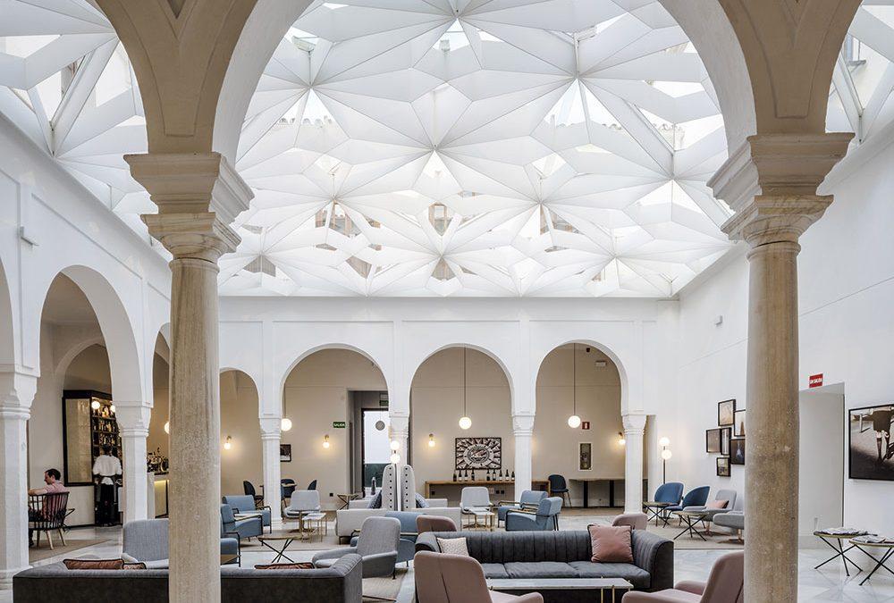Espacios comunes del Hotel One Shot Conde de Torrejón (Sevilla)