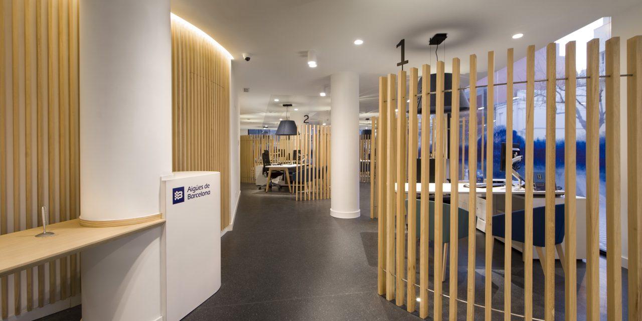 Denys & von Arend diseña la nueva imagen de las oficinas de atención al público de Aigües de Barcelona
