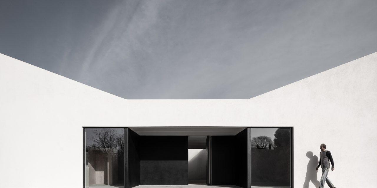 Casa Regina: Proyecto de Carlos Ferrater (OAB) en Gaüses (Alt Empordà)