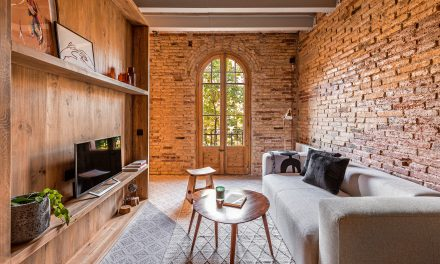 Un pequeño apartamento con mucho encanto, por Coblonal Interiorismo en Barcelona
