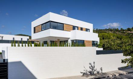Casa Marta y Benjamín por Jaime Salvà en Son Puig (Palma de Mallorca)
