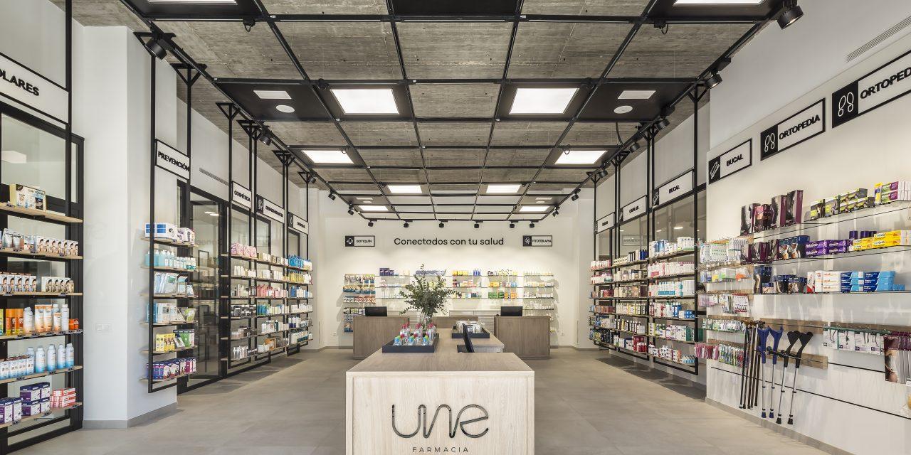 Destudio realiza una farmacia en Valencia adaptada a los tiempos