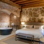 REQUENA Y PLAZA ha finalizado la reforma del Hotel Sofraga Palacio en Ávila
